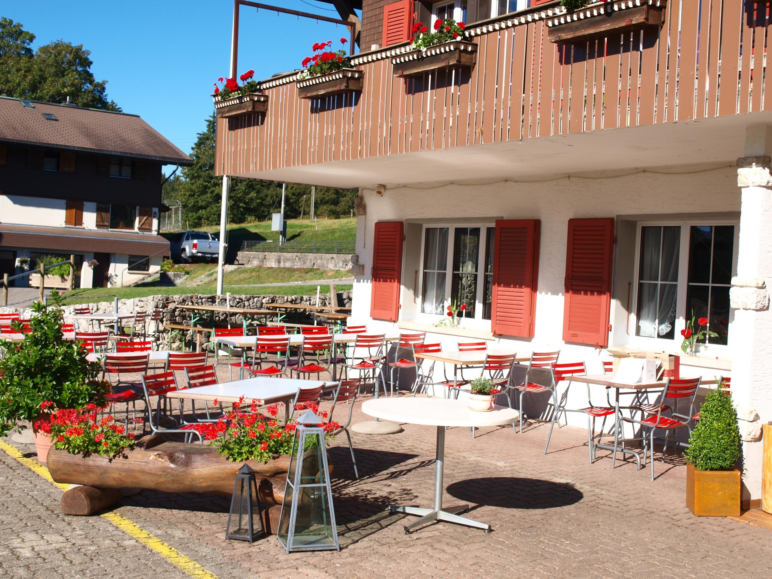 h 244 tel restaurant chalet du mont crosin mont crosin juragourmand ch
